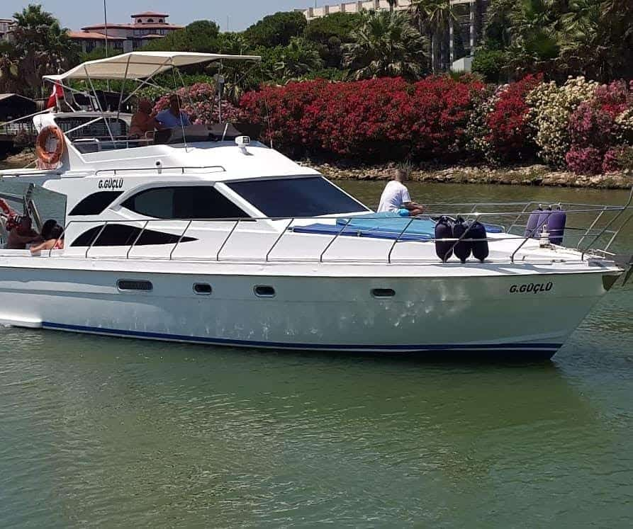private yacht tour from belek